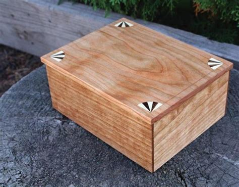 simple box  inlay  hand tools