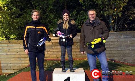 malin karlsen remport le titre de l omk fall classic race