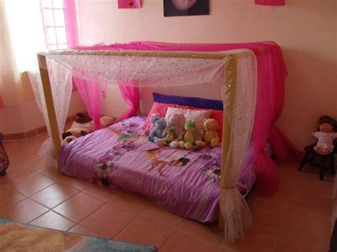 lit ras du sol pour chambres pour bebes enfants  adultes