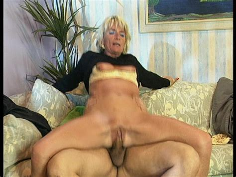 See German Milf Squirting Group Porn For Free