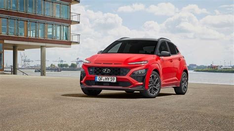 Kona n line maximizes the sporty factor with an appearance package that really stands out. Euro-Spec 2021 Hyundai Kona Is Funkier, Kona N Line Takes ...