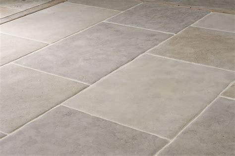 limestone flagstone top 28 limestone flagstone silver grey limestone flagstone floor tiles with tumbled