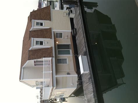Boat House Quincy by Relaxshacks A Huge Houseboat Floating Home Spotted In