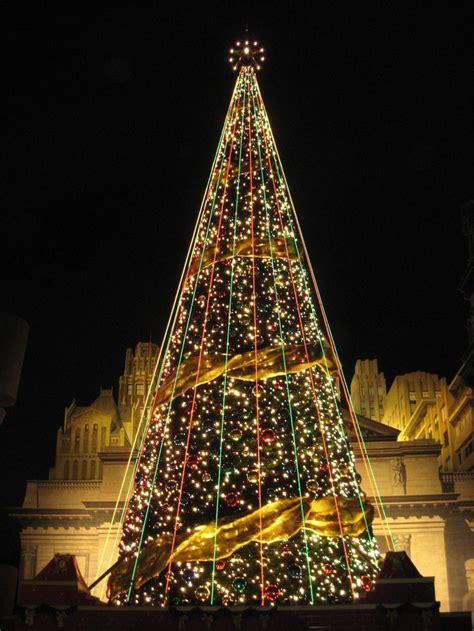 the christmas tree in japan beautiful christmas trees