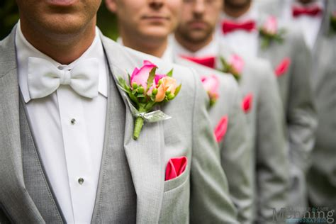 bridal party fashion   youngstown wedding