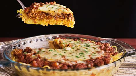 spaghetti pie hungry af tastemade