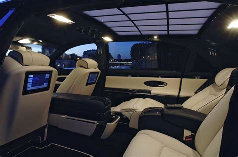 Stylish Car And Interior Maybach 62s For Luxury Car