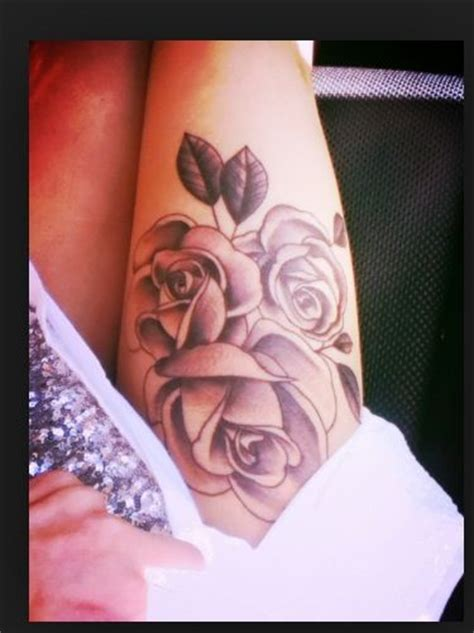 flowers tattoo thigh tattoos pinterest   thigh tattoos  flower thigh tattoos