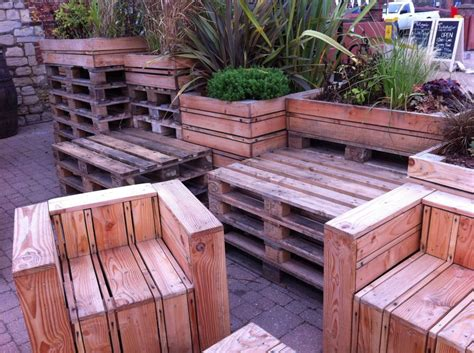 tables chairs    pallets   quay side