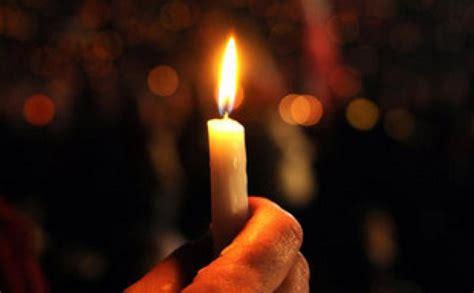 preghiera della candela strage migranti questa sera veglia in arengario a monza