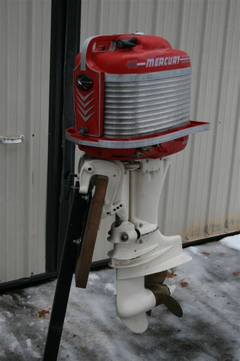Classic Mercury Outboards - Pics completed motors