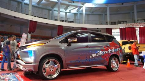 Modifikasi Mitsubishi Xpander by Modifikasi Mitsubishi Xpander Mobil Keluarga Berani