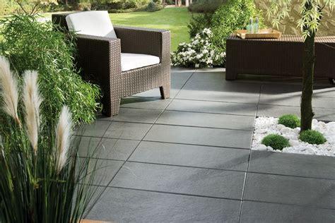 terrassenplatten bambus terrassen aus stein sind robust nat 252 rlich und optisch