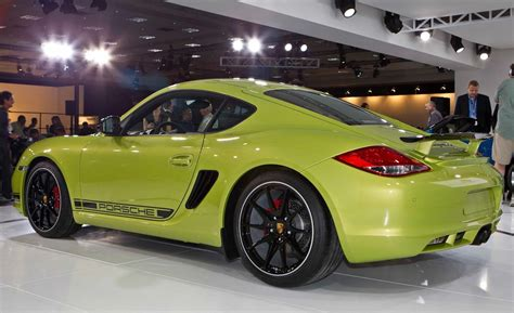 2018 Porsche Cayman R Photo