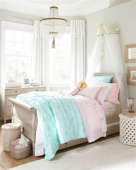 The Mermaid Bedroom Decor by Best 25 Mermaid Bedroom Ideas On Mermaid Room