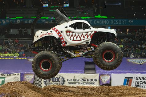monster jam trucks first female canadian monster truck driver has need for