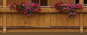 Holz Für Balkongeländer : balkon und balkongelaender aus holz ~ Lizthompson.info Haus und Dekorationen