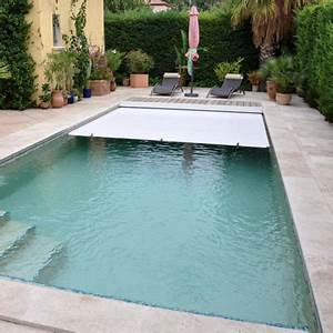 volet roulant immerge deepeo pour une piscine securisee With volet roulant piscine