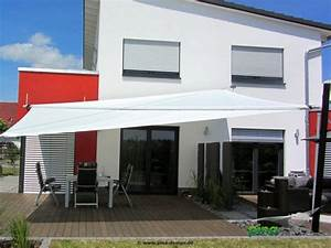 Sonnensegel Elektrisch Aufrollbar : sonnensegel in elektrisch aufrollbar ber einer terrasse als gro fl chiger regen und ~ Sanjose-hotels-ca.com Haus und Dekorationen