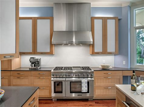 Cabinet Kitchen Lighting by Cabinet Lighting Choices Diy