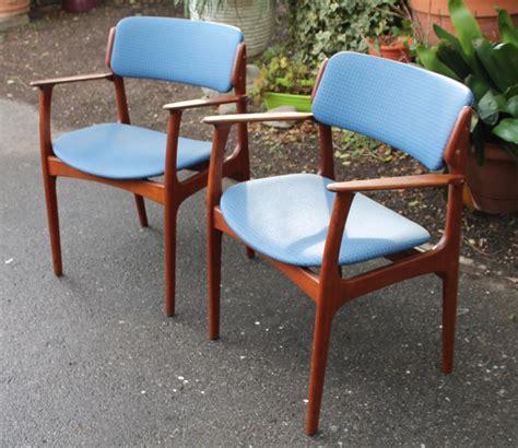 paire de fauteuils danois designer erik buch ann 233 es 60