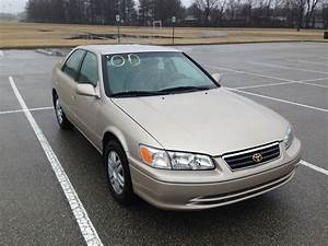 Gold 2000 Toyota Camry  Sold