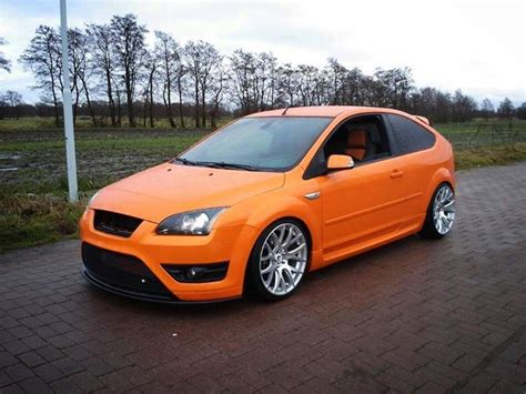 ford focus st mk2 ford focus st mk2 electric orange big rims airtec