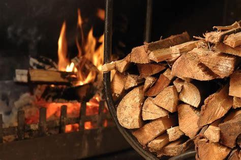 Heizen Mit Holz by Umweltministerium Nrw Umweltfreundliches Heizen Mit Holz
