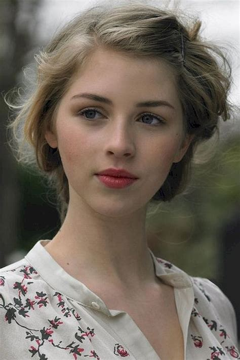 Picture of Hermione Corfield