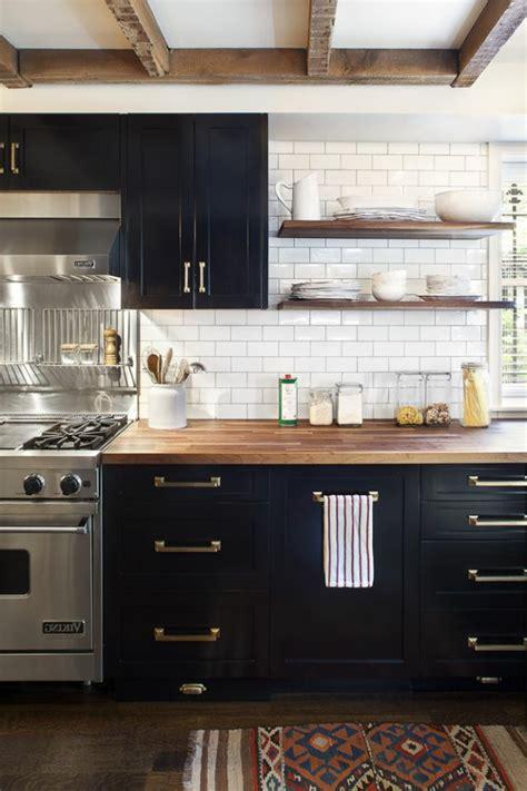 cuisine moderne en bois massif la cuisine en bois massif en beaucoup de photos