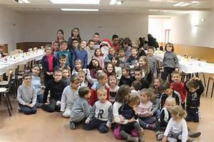 Personnage Pour Village De Noel : chaleureux accueil pour le p re no l commune de la gresle ~ Melissatoandfro.com Idées de Décoration