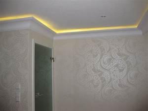 Indirekte Led Beleuchtung : indirekte beleuchtung von stuck mit led stuck dekor ~ Michelbontemps.com Haus und Dekorationen