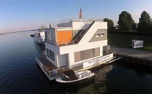 Haus Im Wasser : hausboot kaufen und wohnen auf dem hausboot hausboote mieten ~ Watch28wear.com Haus und Dekorationen