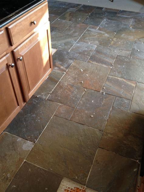 rustic kitchen floor tiles new kitchen floors ayers rock rustic remnant 4997