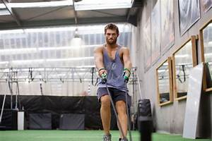 Cast of Spartacus readies for Season 3 with bootcamp ...