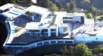 three story home plans this 500 million la 39 gigamansion 39 has 20 bedrooms daily