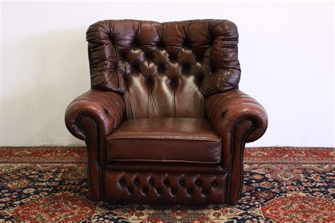 Poltrona Chesterfield Bergere In Pelle Marrone Originale