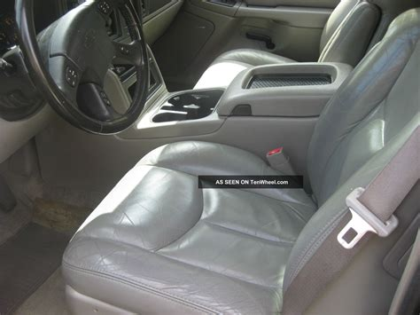 2004 chevy tahoe lt loaded captains chairs tahoe photo 2