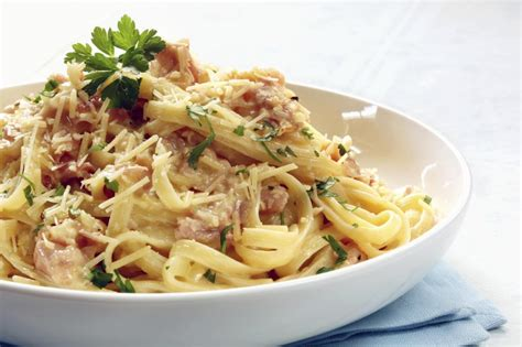 pasta alla carbonara recipe dishmaps