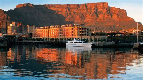 Cape Grace Hotel ? Elegance And Drama In Cape Town