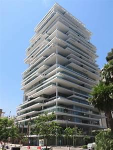 File:Modern buildings in Beirut, 2016 3.jpg - Wikimedia Commons  Modern