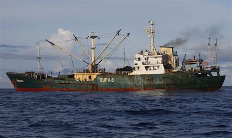 Tuna Season 3 Boat Sinks by Indonesia Sinks 3 Boats To Stop Illegal Fishing