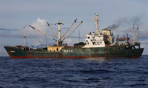 tuna season 3 boat sinks indonesia sinks 3 boats to stop illegal fishing