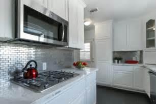stainless steel tiles for kitchen backsplash stainless steel 1 quot x 3 quot kitchen backsplash subway tile outlet