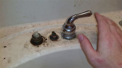 How To Remove A Moen Kitchen Faucet Moen Monticello Faucet Removal