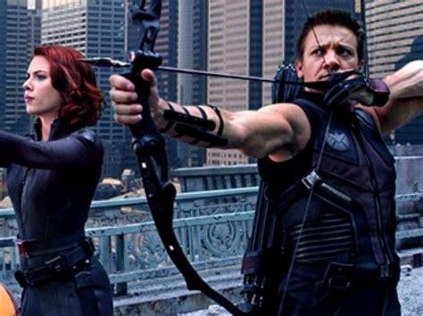 Jeremy Renner Would Hawkeye Black Widow Movie