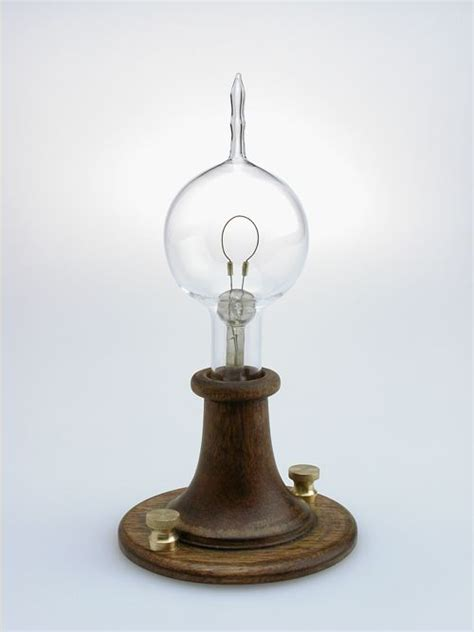 the light bulb edison electricity history
