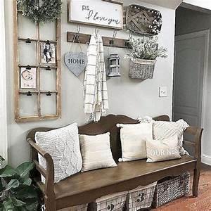 Beautiful Rustic Entryway Decoration Ideas 40 – HomeDecorish