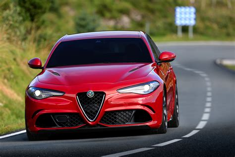 Does Alfa Romeo Have A Chance With Its Hot New Giulia