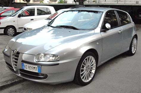 2002 Alfa Romeo 147  Pictures, Information And Specs